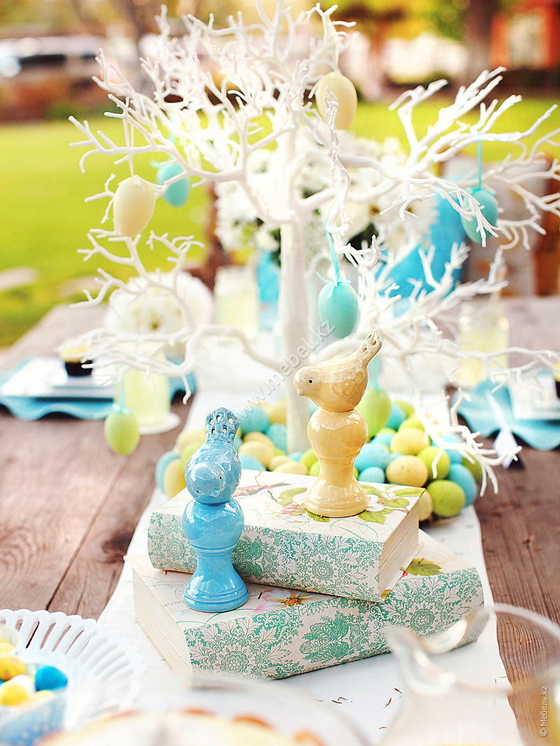 Easter Kim Stoegbauer Brunch Table 2